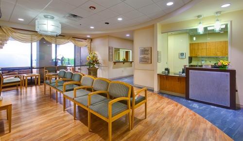 Doctors-Hospital-ER-07